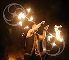 Огненное шоу Matrix с африканскими барабанами