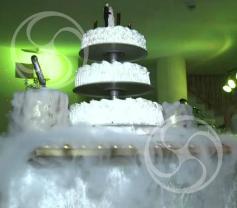 Стол для торта на облаке